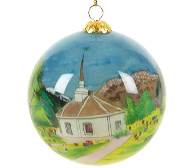 Bilde av Julekule, håndmalt, 'Geiranger Kirke'
